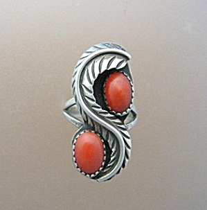 Sterling Silver Coral Ring American Indian Ring (Image1)