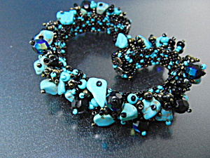 Turquoise Beads Irridescent Glass Magnetic Clasp Bracel