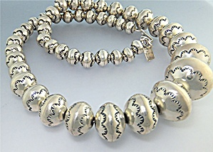 Larry Pinto  Sterling Silver  Navajo Pearls Necklace (Image1)