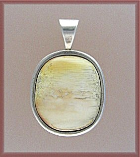 Sterling Silver Ivory Signed L.c Pendant 1977