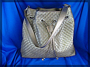BLONDO Gold Woven  Leather Bag Canada (Image1)