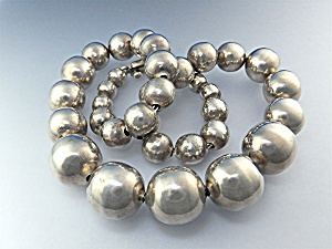 Taxco Mexico Sterling Silver Graduated Beads 68 Grams
