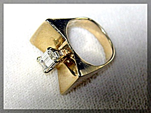 Diamond EMERALD CUT  14K Gold Art Deco Look Ring (Image1)