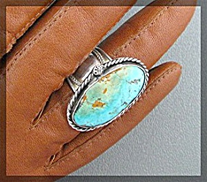 Sterling Silver Turquoise Hand Made  Ring (Image1)