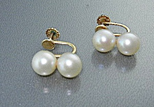 14k Gold Pearls Screwback Earrings