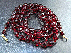 Glass Faceted Red Beads 3 Strands Gold Clasp