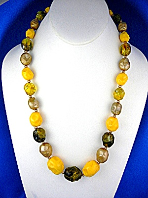 Amber Green Gold Beads CORO Costume Necklace  (Image1)
