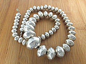 Native American Sterling Silver Navajo Pearls E.Begay (Image1)