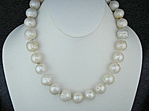Keshi Reborn Baroque Pearls Gold Clasp Necklace