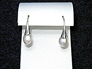 Freshwater Pearl Sterling Silver Shepherd Hook Earrings (Image1)