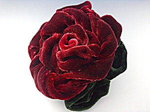 Brooch Pin Red Green Velvet Rose Robbins California (Image1)