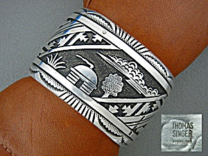 Native American TOMMY SINGER Sterling Silver Storytelle (Image1)