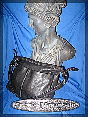 Stone Mountain Black Leather Adjustable Shoulder Bag (Image1)