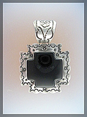 ROCKI GORMAN Sterling Silver Black Onyx Cross Pendant (Image1)