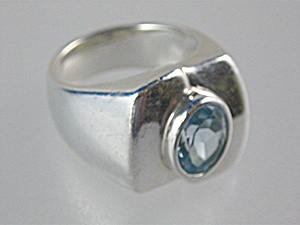 Sterling Silver Blue Topaz Ring Esposie (Image1)