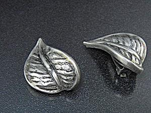 Sterling Silver Designer Leaf Clip Earrings Silvel (Image1)