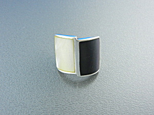 Ring Onyx Mother Of Pearl Sterling Silver Signed Cfj
