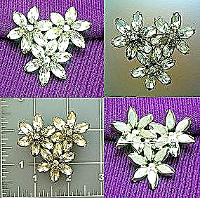 Vintage brooch pin in flower crystals (Image1)