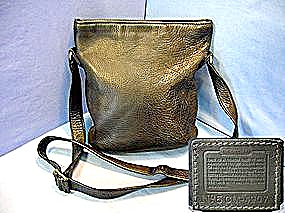 Coach Black Leather Crossbody Swing Handbag (Image1)