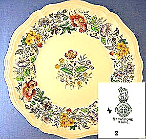 Royal Doulton Stratford D6196 10 1/2 Inch Flower  Plate (Image1)