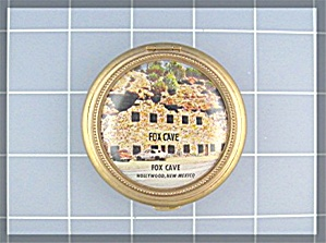 Powder Compact souvenir of Hollywood, N. Mex - (Image1)