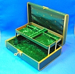 Click here to enlarge image and see more about item 0113200801: VINTAGE FARRINGTON JEWELRY BOX . . .