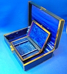 Click here to enlarge image and see more about item 0113200802: VINTAGE FARRINGTON JEWELRY BOX