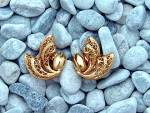 Click to view larger image of Earrings Gold Filigree Corocraft Clip  (Image6)