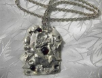 Sterling Silver Rope Chain Cabochone Garnet Pendant