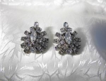 Sparkling Rhinestone La Reh Clip Earrings