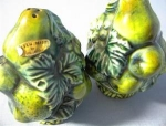 Click here to enlarge image and see more about item 06230219a: Salt and Pepper Set Green Mist by Inarco.