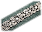 Click here to enlarge image and see more about item 0627200517: Sparkling Vintage KRAMER Crystal Bracelet