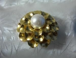 Click to view larger image of Goldtone and Faux Pearl MONET Brooch . . . . (Image1)