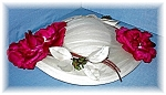 Click here to enlarge image and see more about item 0720200401:  Hat Silk & Velvet Roses 50s