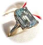 14K Yellow Gold 10 Ct Aquamarine Emerald Cut Ring