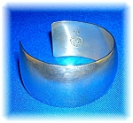 Click here to enlarge image and see more about item 09152006246: Native American Sterling Silver Cuff
