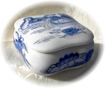 Small Blue & White Oriental China Box