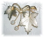 Click to view larger image of Sarah Coventry Gold Leaf Pin 6mm  Cultured Pearls (Image1)
