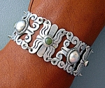 Click to view larger image of Mexican Silver Bracelet 40s Green Jade Vintage (Image1)