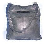 Click here to enlarge image and see more about item 1115200507: LARGE BLACK LEATHER FOSSIL SHOULDER BAG......