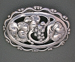 Click to view larger image of Sterling Silver flowers Grapes andLeaves Brooch (Image1)