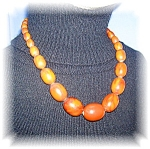 Click here to enlarge image and see more about item 1202200511: VINTAGE 17 inch BAKELITE BEAD NECKLACE...