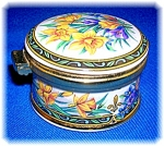 Click here to enlarge image and see more about item 1205200601: Stafforshire Bone China Small Spring Flowers Box