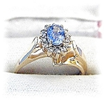 Ring. 14K Yellow Gold Tanzanite & Diamond