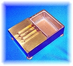 Click here to enlarge image and see more about item 1231200613: Vintage cigarette box with ash tray