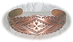 Click here to enlarge image and see more about item BH92: American Indian DesSolid Copper Cuff Bracelet