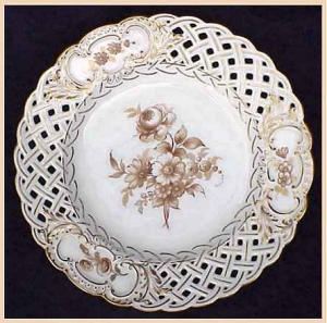 Dreseden hand-painted reticulated plate (Image1)