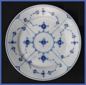Antique Royal Copenhagen Blue Fluted plate (Image1)