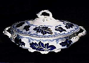 Flow Blue: NORMANDY covered vegetable bowl (Image1)