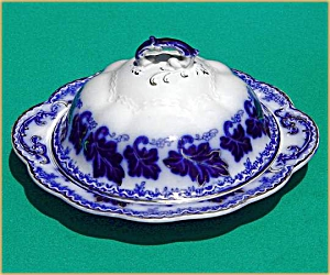 Flow Blue: NORMANDY butter dish (3 pc) (Image1)